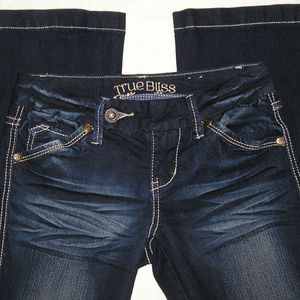 JUNIOR TRUE BLISS FLARE STRETCH JEANS SIZE 1